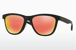 Solglasögon Oakley MOONLIGHTER (OO9320 932013) - Svart